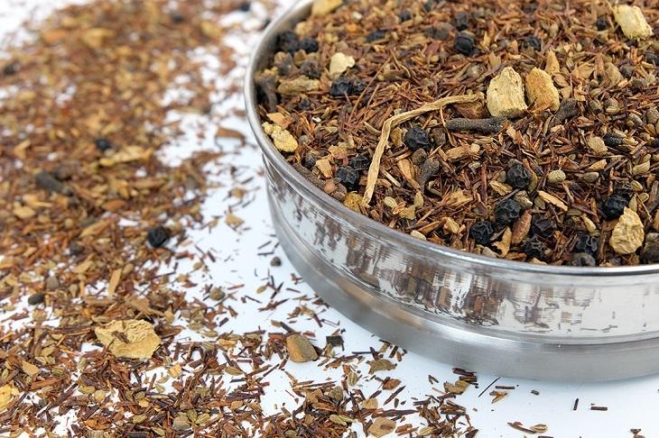 какая польза от чая ройбуш